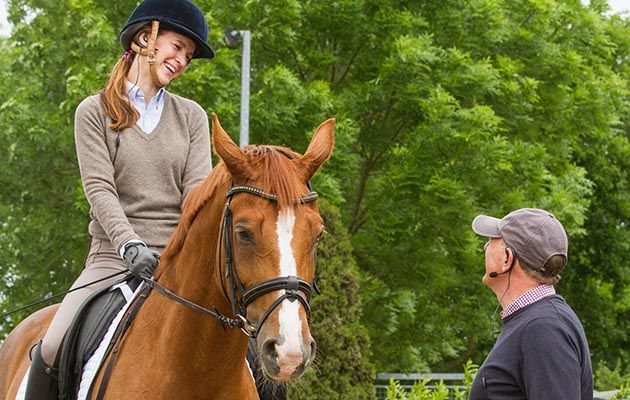 Communicate easily with our pick of some of the best wireless rider to coach instruction systems http://trib.al/eZs4vZH