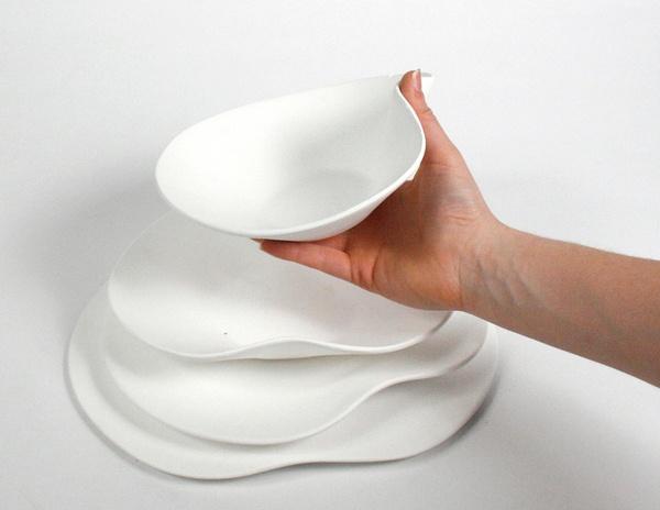 Crescendo Dinnerware Set by yasemin uyar, via Behance