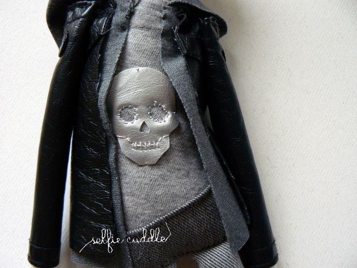 personalised handmade dolls, fabric dolls, dress detail