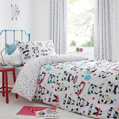 From bluezoo's fantastic range of bedding, this bedding set will make a fun and quirky addition to bedrooms. Finished with a range of colourful polka dot prints, bedtimes will be better when shared with the friendly panda companion.