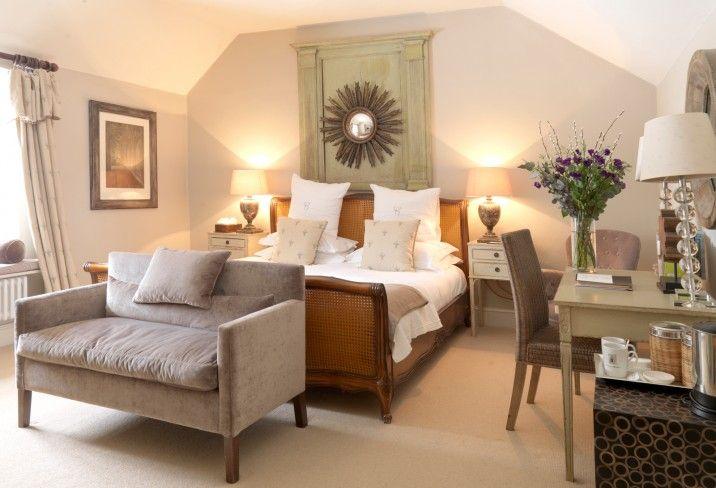 Calcot Manor, hotel, Cotswolds, UK, bedroom