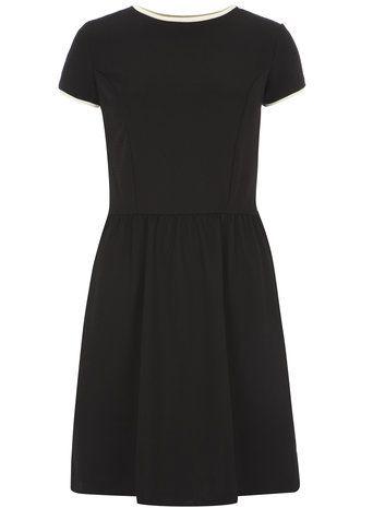 Robe noire gaufrée - Grande taille - Robes ajustées & evasées  - Robes - Vêtements