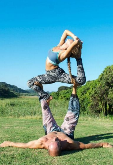 Love these shots of our leggings and harem pants pairing up for couples yoga