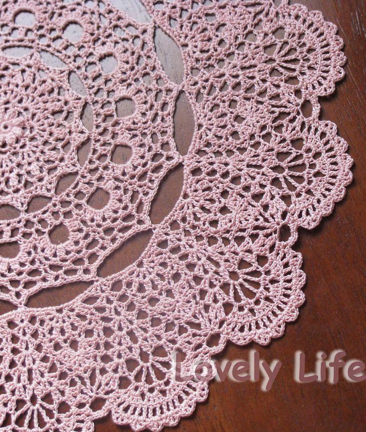 Free Printable Crochet Doily Patterns | Mantilla Doily - Close up