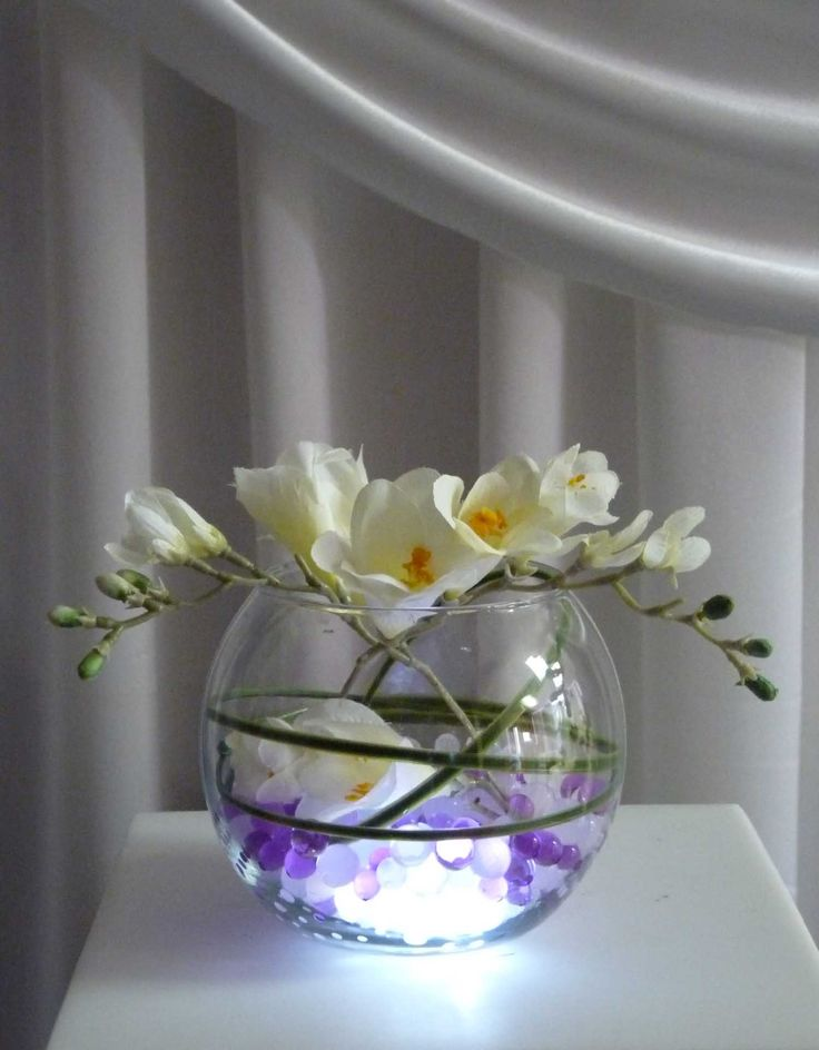 Led lights with round vase use our purple white or multi