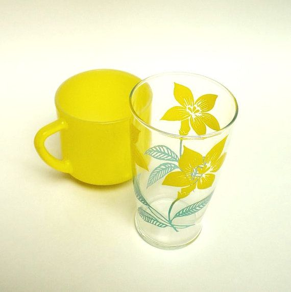 Vintage Daffodil Theme Glass Tumbler and Federal Glass Bright Yellow Coffee Cup by BeppieandEido, $12.50