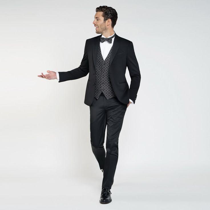 Mod: L14DL  -  Art: 867132 col. 99  ABITO – Celebrity  Mod: L3428  -  Art: 898878 col. 1  GILET & PAPILLON – Celebrity  #abiti #cerimonia #Primavera #spring #Estate2017 #fashion #italianstyle #stileitaliano #moda #matrimonio #wedding  #lebole #leboleuomo #vscofashion #menswear #fashionblogger