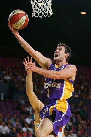 Daniel Johnson finds touch as Adelaide 36ers down Sydney Kings - http://www.baindaily.com/daniel-johnson-finds-touch-as-adelaide-36ers-down-sydney-kings/