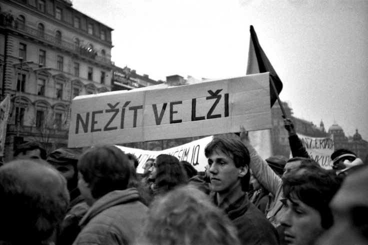 """To not live in a lie"". Velvet revolution, Prague, 1989  #FontsForChange   via @danielquisek"