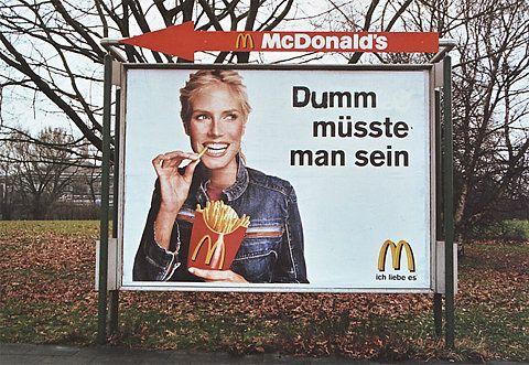 xFUCKERx - hotzen's daily crap» Blogarchiv » MC Donalds Adbusting in Hamburg