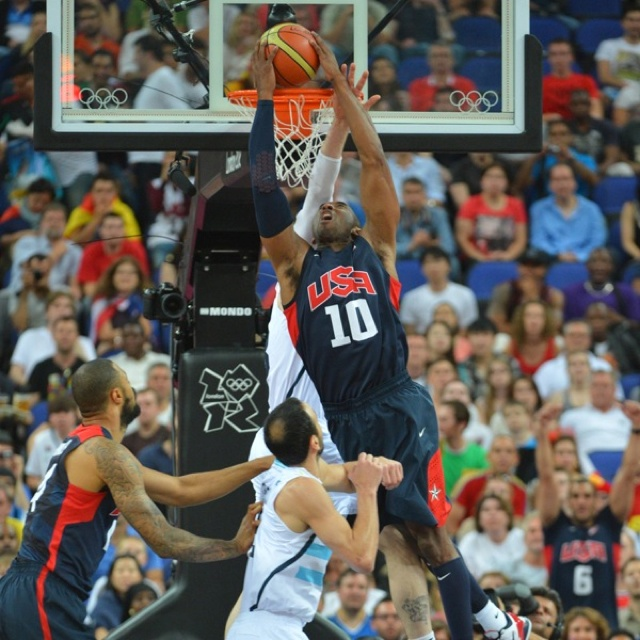 """USA Basketball """"dream team"""" defeated Argentina 109-83,and advanced to the final game of 2012 London Olympic."""