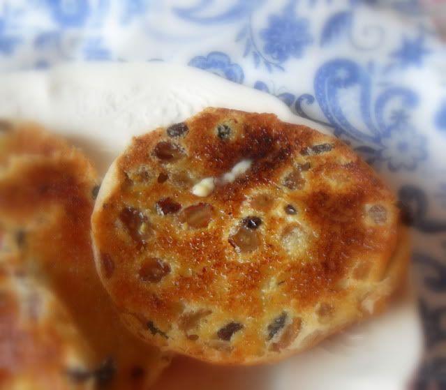 The English Kitchen: Toasted Teacakes