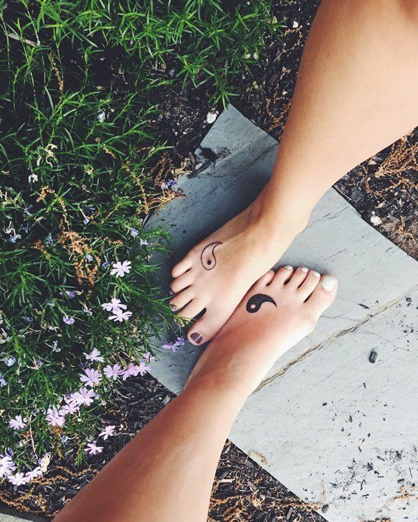 10 Best Friend Tattoos Perfect For Symbolizing A Forever Friendship –  – #smalltattoos