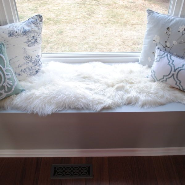 25+ Best Ideas About White Sheepskin Rug On Pinterest