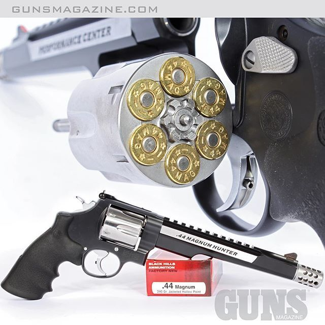 No-nonsense big-game tool. The Smith & Wesson 629 .44 Magnum Hunter with Performance Center upgrades. Read more in the January issue of GUNS Magazine by following our profile link. ---------- #gunsmagazine #gunsofinstagram #gunstagram #wheelgunwednesday #wheelgun #righttobeararms #secondamendment #concealedcarry #handgunhunting #smithandwesson #model629 #performancecenter #44magnum #biggame #nframe #igmilitia #gunspics #gunpictures