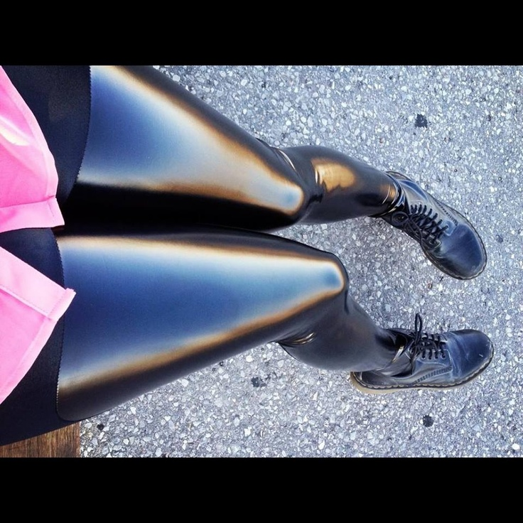 25 best ideas about latex tights on pinterest latex. Black Bedroom Furniture Sets. Home Design Ideas