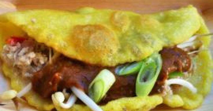 Bánh Xèo - Crispy Vietnamese Pancakes with Nuoc Tuong - Yellow Bean Sauce