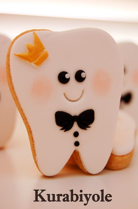 King teeth.. - by Kurabiyole @ CakesDecor.com - cake decorating website