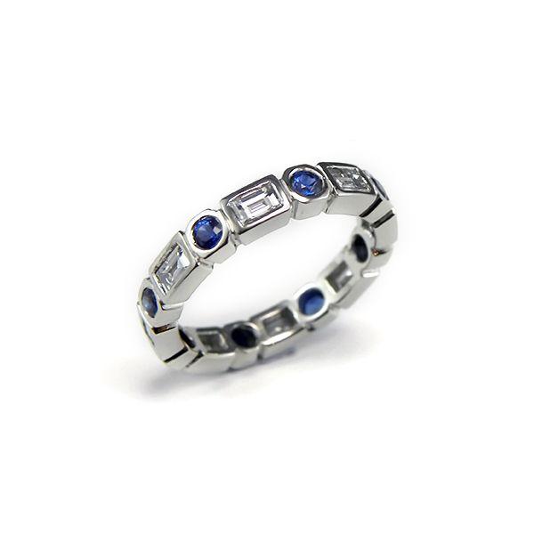 18ct white gold Sapphire & Diamond wedder. #Wedding #Rings #Sydney #Sapphire #Daimond