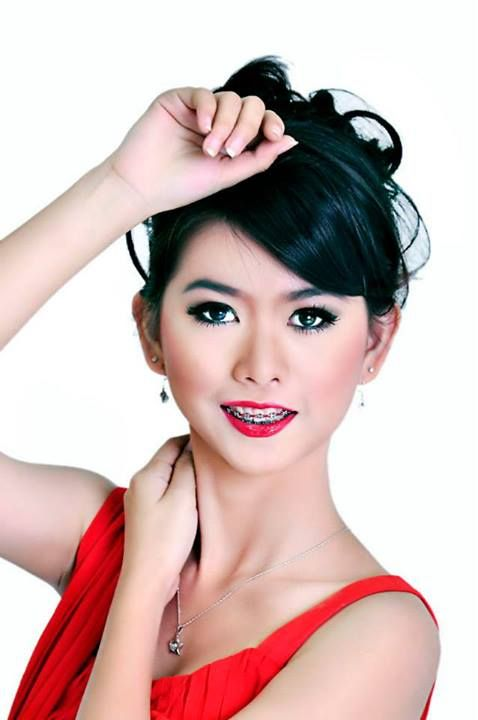 Talent: Sisy  Makeup and Hairdo By: Valencia   makeover Photography By : Triyudha Ratulangie Ichwan  thanks all