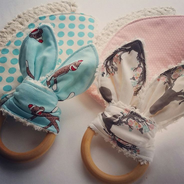 Natural & Wooden Teething Ring with fabric replacement by Sew Mama http://sewmama.felt.co.nz/