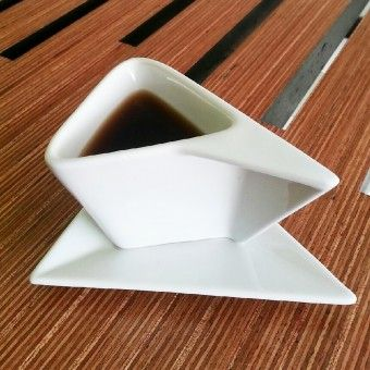 LOA Coffe Cup Drink coffee and saucer by Josué Rivera Gandîa