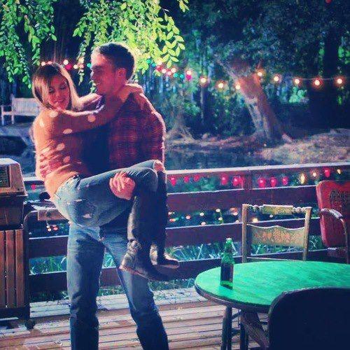 """Hart of Dixie """"-Wade: Non vorrei che ti montassi la testa ma... apprezzo il fatto che tu ci sia! Non sarei arrivato qui senza di te! -Zoe: Ah, questo è un complimento... sei malato, stai morendo o che altro?"""""""