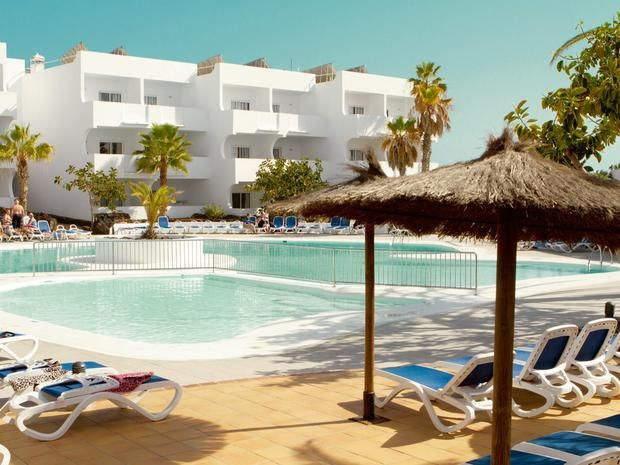 **Costa Teguise from Glasgow**   ✈️  3*AI Smartline Ficus Apartments, Lanzarote  ✈️  Quality & Affordability  ✈️  7nts     PRICES FROM  27th March £299  1st May £349    http://www.holidayandflightcentre.com/specialofferinfo.phtml?id=264187&dealtype=2    Late Deals, Family Holidays, Holiday Bargains & Cheap Package Holidays | Holiday & Flight Centre