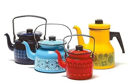 Coffee pots, decorations designed by Raija Uosikkinen and Esteri Tomula, for Finel (in 1960–70). From left: Domino, Sinihilkka, Kehrä and Primavera.