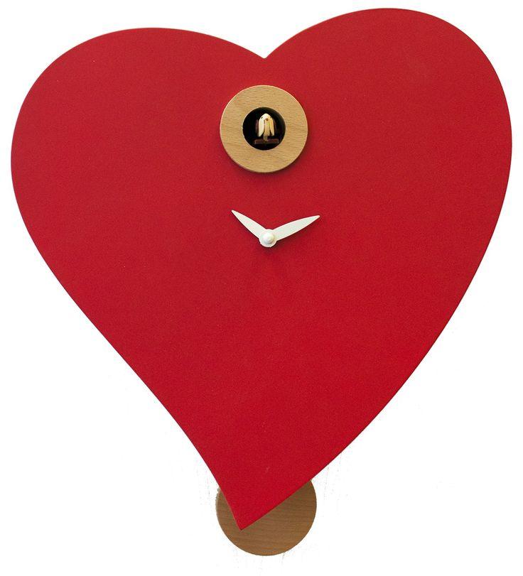 Un fantastico cuore che scandisce le ore con il suono del cucù! Scopri la nostra offerta online. #cuore #orologio #cucu #arredamento moderno #arredo #hearth #madeinitaly #comprocomodo #pirondini