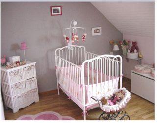 """Résultat de recherche d'images pour """"peindre une chambre en deux couleurs rose gris"""""""