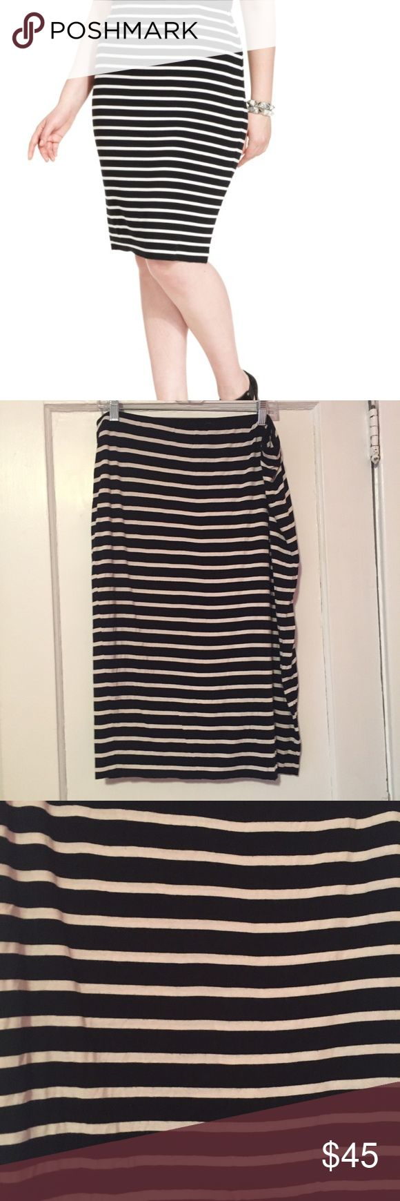 CLOSET CLOSING 4/20❗️Vince Camuto Striped Skirt Vince Camuto Black and White Striped Pencil Skirt. It's a double layered super soft and lightweight skirt with an elastic band. it's not a tight pencil skirt, it's more of a flowy one. It has been worn so the white isn't as bright as it used to be Vince Camuto Skirts Pencil