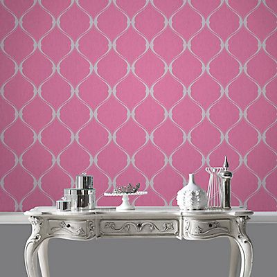 A contemporary classic, this curvy ogee is subtly enhanced with a touch of glitter and a gorgeous twist of mica. It combines pink and grey colours with hints of glitter and mica. Experience the sophistication and personality wallpaper adds to your decor.