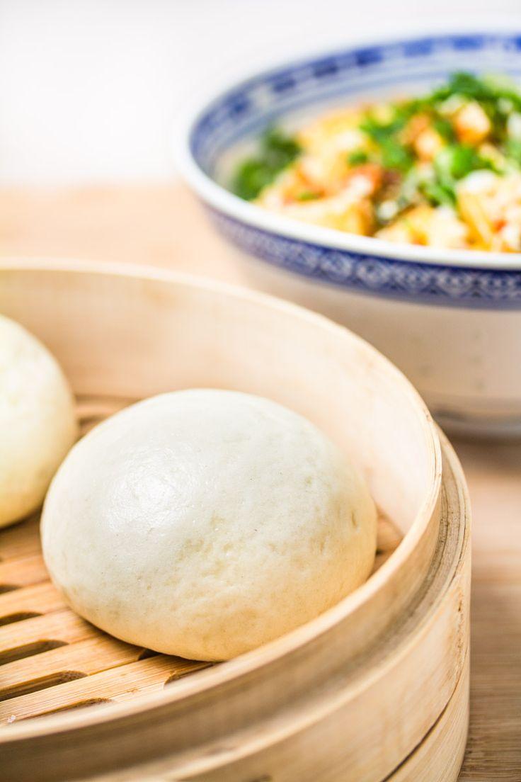 Mantou sind eintypisches Grundnahrungsmittel aus der Provinz Shangdong und werden alsHauptmahlzeit oder als Beilage zu Gerichten, wieMapo-Tofugegessen.