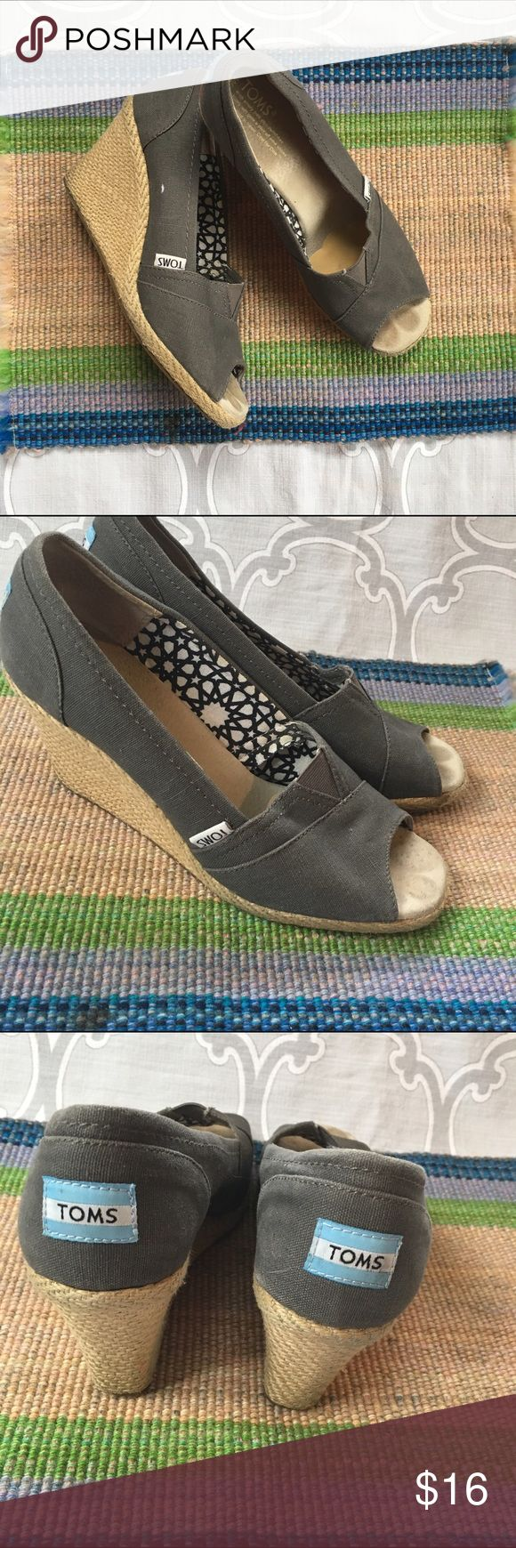 Toms wedges Grey Size 8 The perfect spring and summer wardrobe staple, the Toms wedge in a great neutral grey. They have gentle wear but they are still in beautiful condition. TOMS Shoes Espadrilles