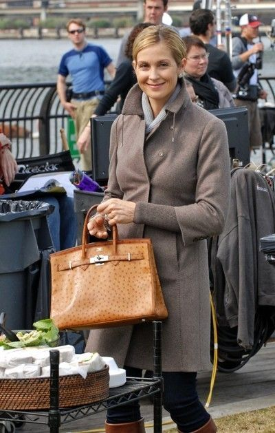 Kelly Rutherford as Lily Van Der Woodsen. When I'm old, I wanna be like Lily Van Derek Woodsen.