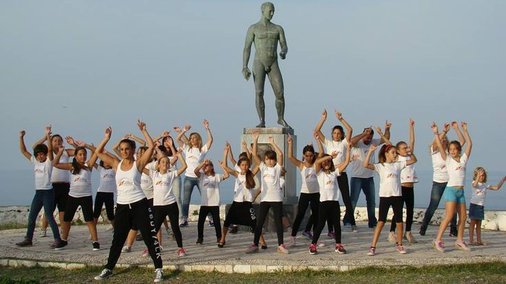 Flash Mob Skyros Island