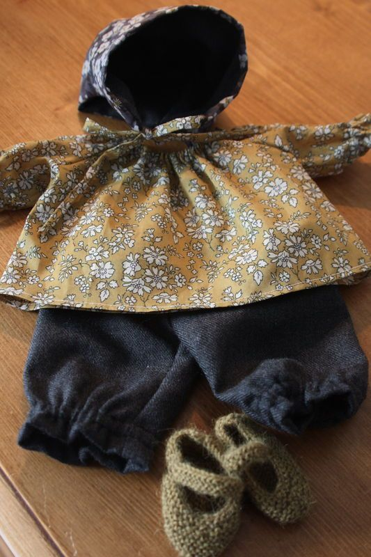 Waldorf doll clothes ensemble for Autumn (image only)
