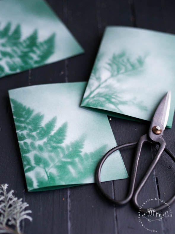 Simppeliin joulukorttiin löytyi tykötarpeet pihamaalta ja remonttitarvikekaapista. Sopii niille, jotka eivät välitä glitteristä ja tontuista.