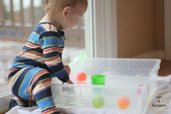 5 Simple Activities for Young Toddlers: http://dirtandboogers.com/5-simple-activities-young-toddlers/?utm_content=buffer1abbe&utm_medium=social&utm_source=pinterest.com&utm_campaign=buffer#_a5y_p=1736223