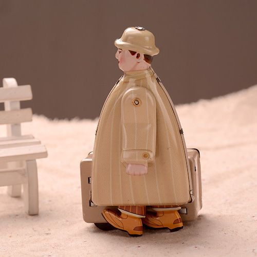 Classic Traveler Tinwork Toys Collection Handmade Wind Up Toys Walking Man Tin Toys Showcase Decoration