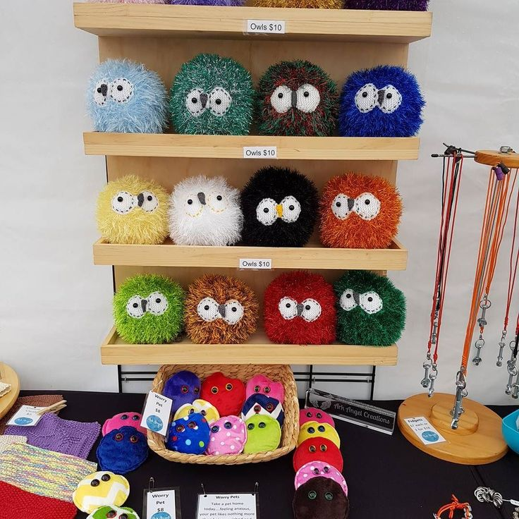 Owls worry pets and home made fidgets are the order of the day at #StirlingMarket ....lots to see despite the showers the waffles smell amazing   #arkangelcreations #handmade #hminaus #hminsa #aussiemade #StirlingMarket #sensory #sensoryplay