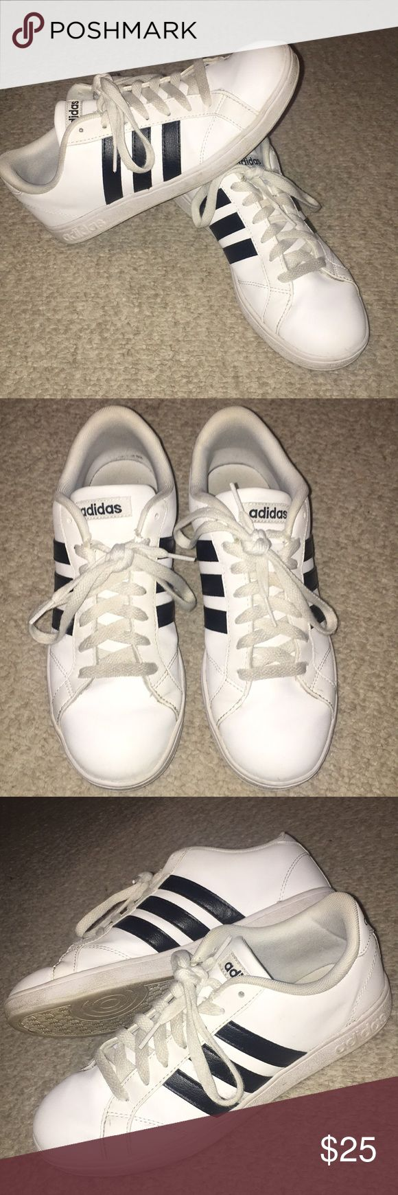 Adidas Shoes White and black women's Adidas! Previously loved but still in great condition. Size 8, true to size! adidas Shoes Athletic Shoes