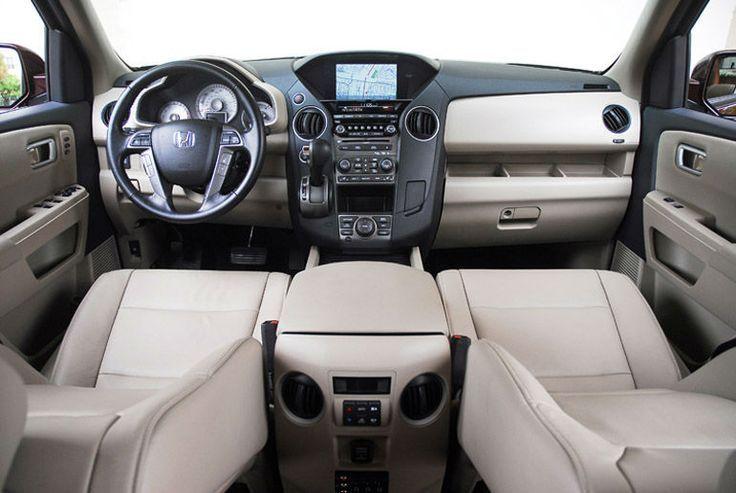 2015 Honda Pilot interior | www.rickjustice.com
