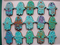 hand of fatima cookies ... from Cocoa & Co. Cool!
