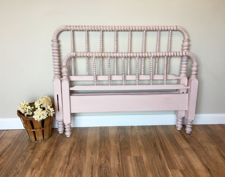 Jenny Lind Bed - Three Quarter Bed - Pink Bed Frame - Antique Bed Frame -  Spindle Bed - Spool Bed