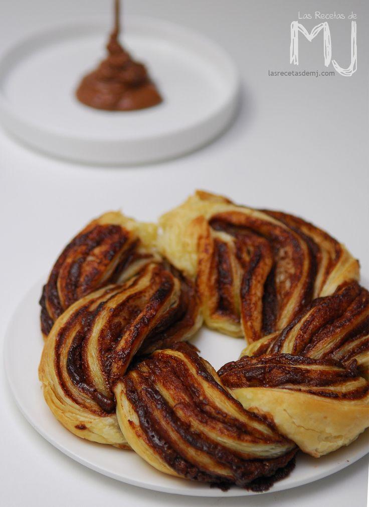 Rosco de hojaldre trenzado con gianduja / Puff pastry with homemade nutella
