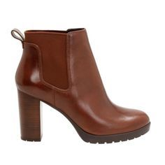 Fall 2016 Boot Trends   7 Pairs of Editor-Approved Boots to Rock This Fall 2016   Brown leather chunky heel ankle boots   Sponsored by Clarks