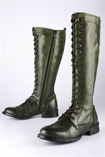 Ten Points boots.
