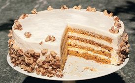 Four-Layer Pumpkin Cake with Orange-Cream Cheese Frosting / Elinor Carucci